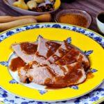 Comida a domicilio - Ternera asada con salsa de verduras al vino tinto