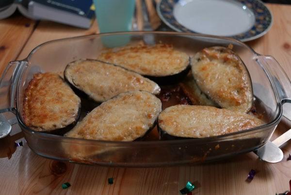 Berenjenas rellenas con jamón serrano y queso rulo
