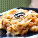 Comida a domicilio - Repollo rehogado con zanahoria y ciruelas