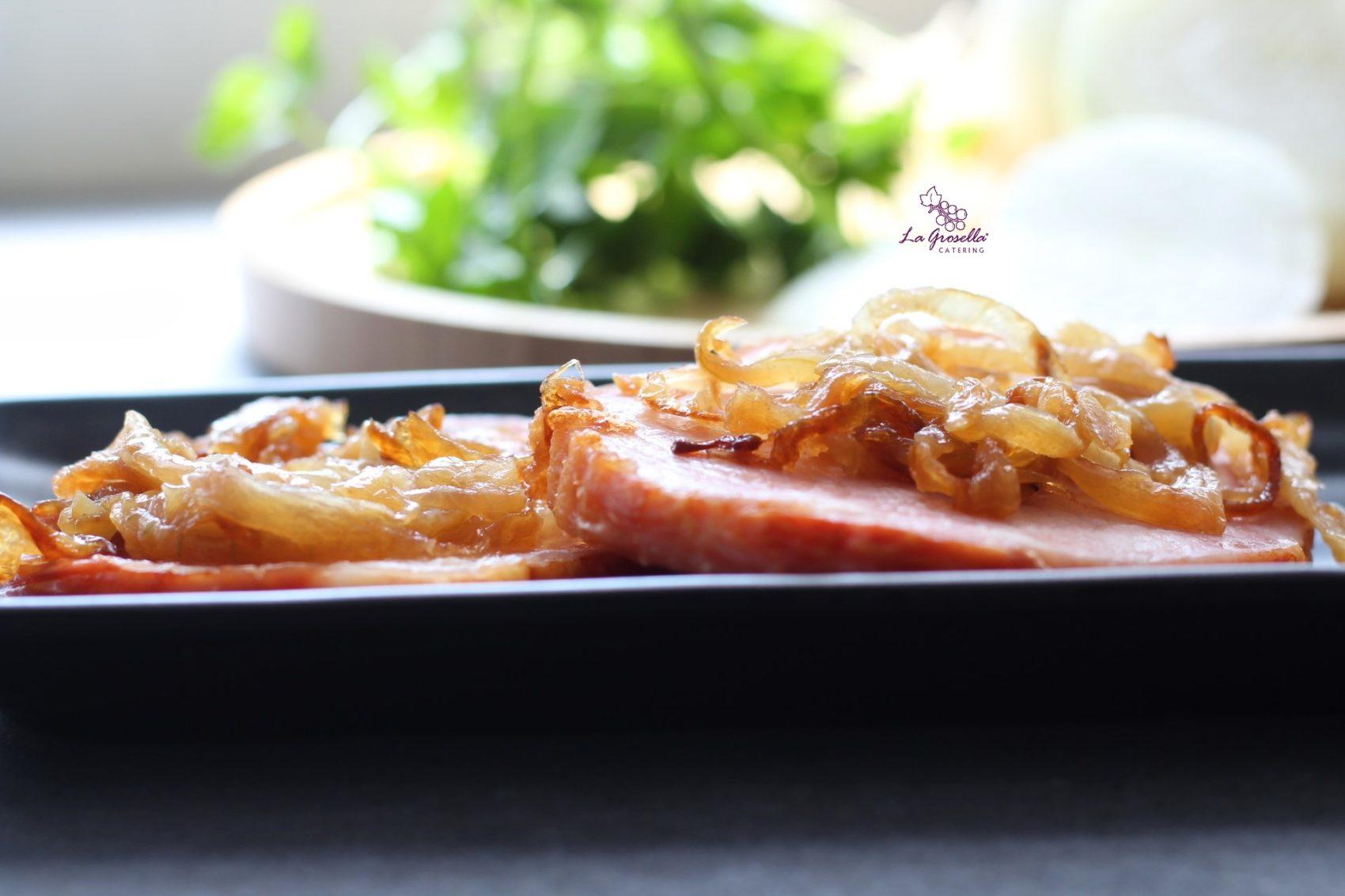 Lomo de Sajonia con cebolla  caramelizada