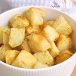 Comida a domicilio - Patatas en dados al horno con especias