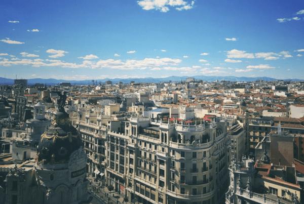 4 terrazas para disfrutar de un buen cóctel en Madrid