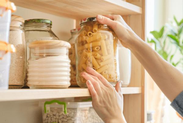 Estos son los alimentos que deberías tener en tu despensa