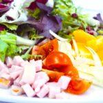 Comida a domicilio - Ensalada con pavo y naranja